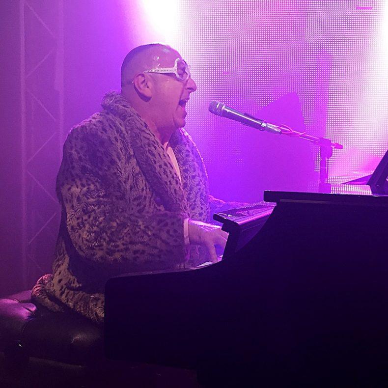 Noah - Elton