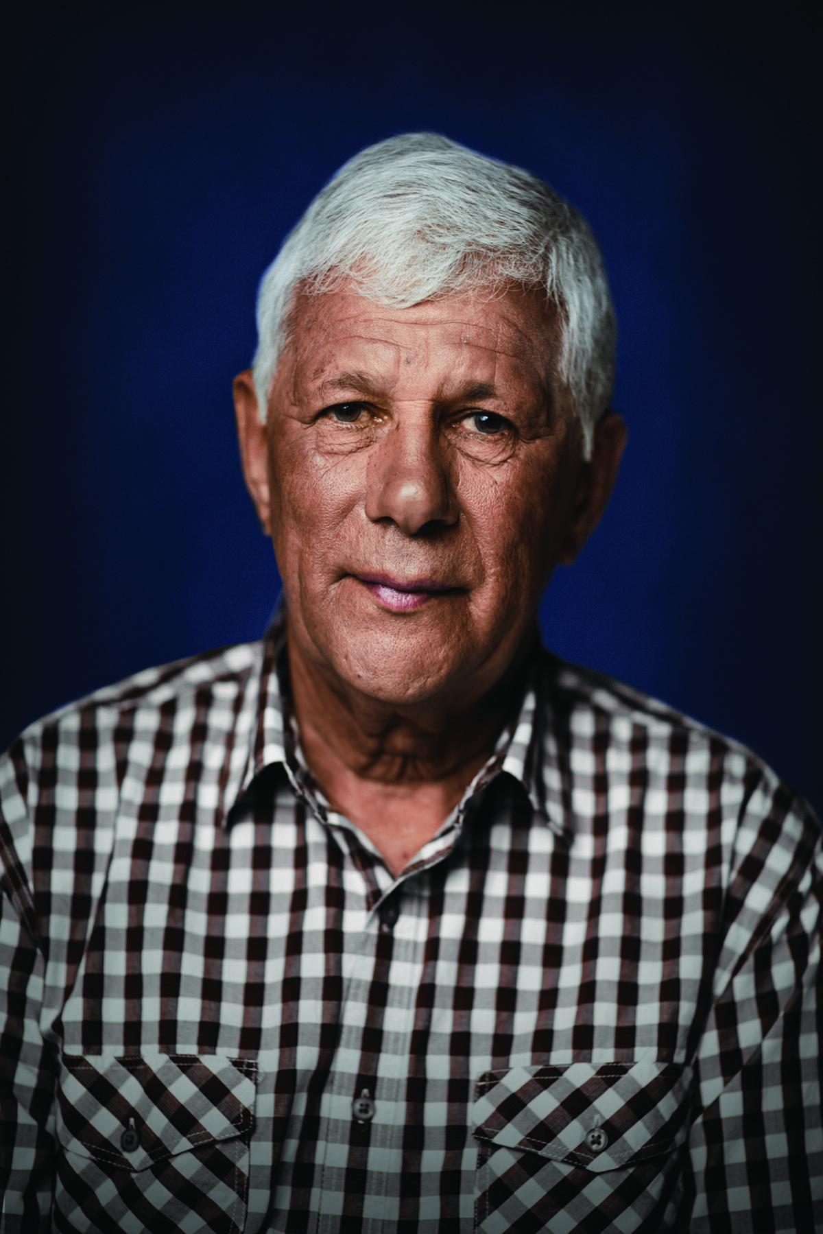 Dr Robert Isaacs